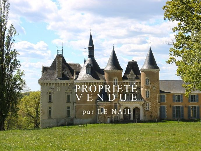 CASTLE SOLD - CHÂTEAUROUX (INDRE)